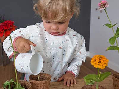 LAESSIG-DIY-Tipps-Eltern-und-Kind-Bastelideen-Spielideen-im-Freien