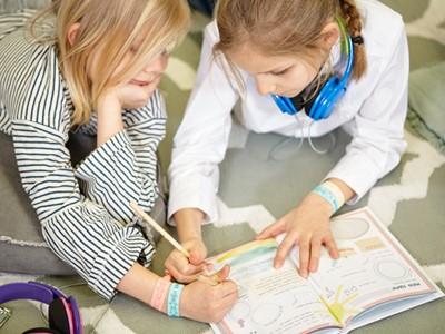 LAESSIG-Kinderkollektion-About-Friends-Freundebuch