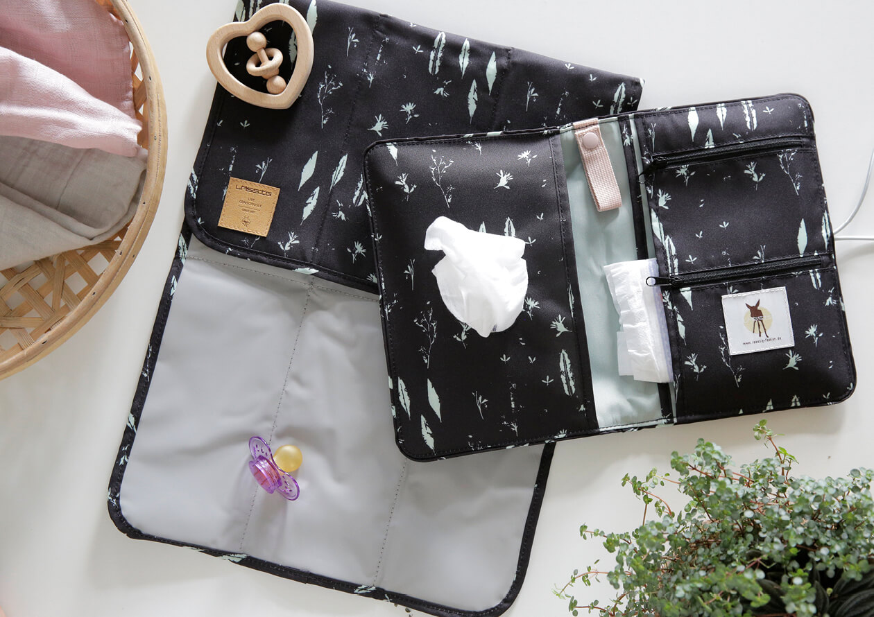 LAESSIG-Coole-Kombi-String-Bag-und-Windeltasche-black-Changing-Pouch-Alternative-zur-Wickeltasche