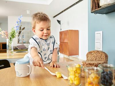LAESSIG-Little-Water-Bambusgeschirr-Kindergeschirr-Essen-Tassen