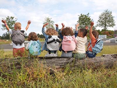LAESSIG-Kindergarten-Rucksack-Rucksack-mit-Magnet-About-Friends